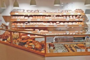 Mühlenbäckerei Bollheim - Verkauf im Bollheimer Hofladen